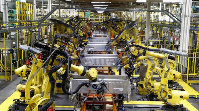 Survey: US manufacturing slides in March